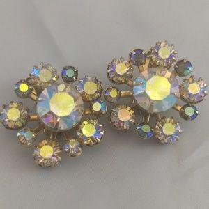 Beautiful Aurora Borealis vintage 1950s clip earri